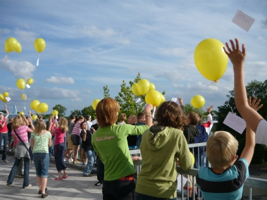 Julius-Club 2008 Bersenbrück Start Luftballons